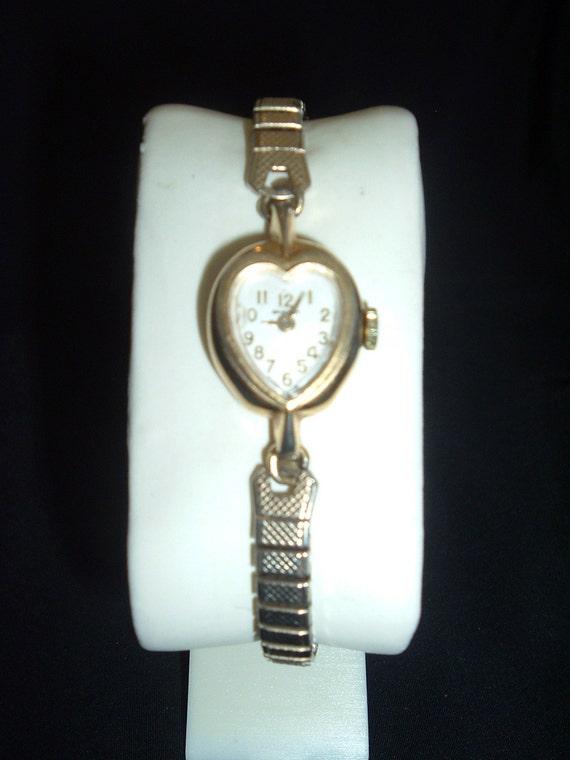 Vintage Heart Shaped Women S Bradley Watch