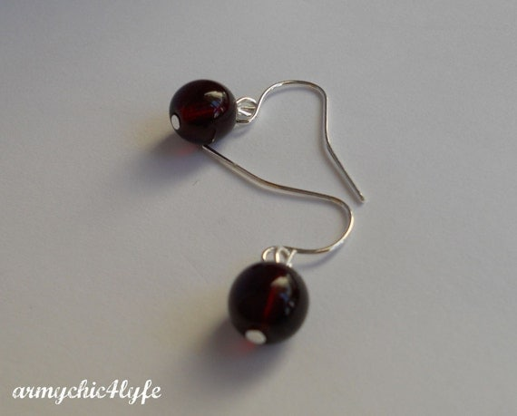 Garnet and Silver dangle earrings - SHOP CLOSING SALE