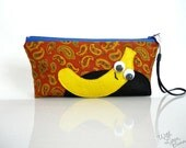 Smiley Banana Pouch - Paisley - Zippered