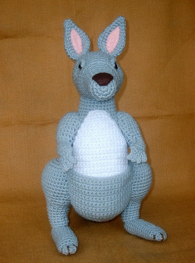 Purple Minion Amigurumi Pattern : Crochet Kangaroo PDF Pattern