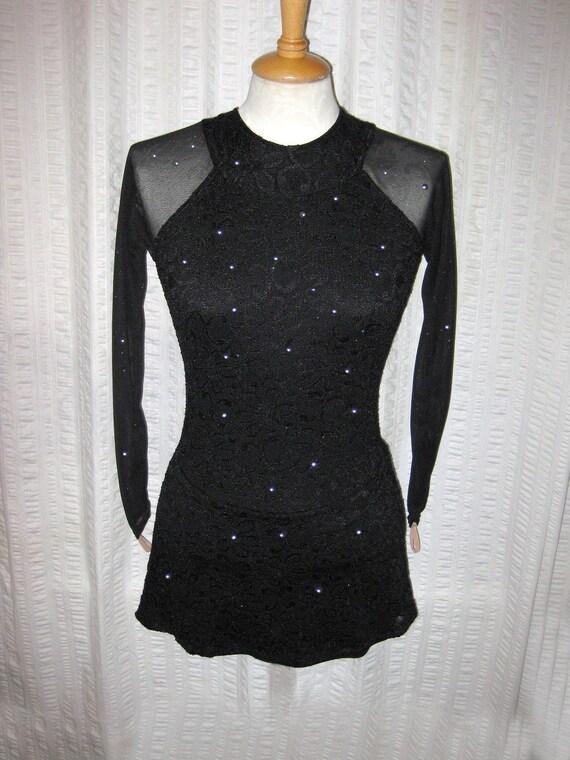 New -  Elegant Black Lace Lycra Skating or Dance Dress - Girls size 11