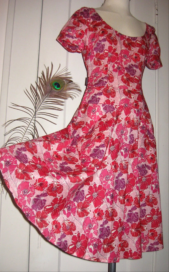 Be My Valentine Vintage Moschino Swing Dress 90s Designer Label Bright Red Pink Floral Poppy Print Big Pockets Made in Italy Retro 1940s Cut