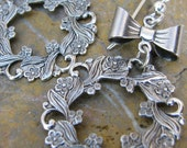 Fun Holiday Christmas Wreath Earrings in Antiqued Silver