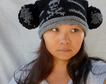 Pom-pom square hat with skull and cross bone