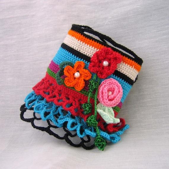 Good mood-Flower crocheted cuff