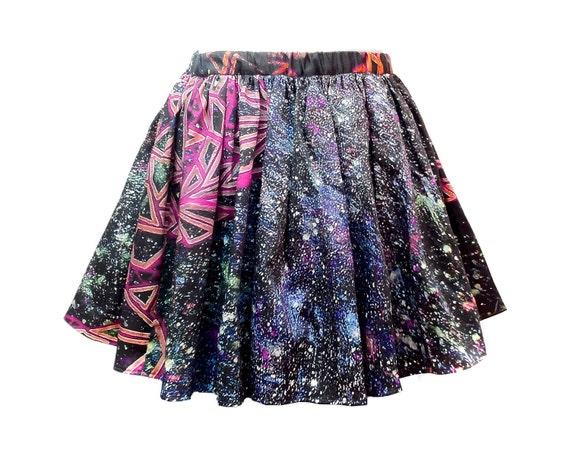 SALE. Triangle Print Skirt
