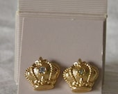 NIB Crown with Rhinestone Accent Stud Earrings