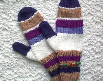Mittens Purple Blue Beige White Retro Hand Knit Women Ladies Teens
