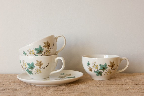 CLEARANCE Vintage Teacups and Snack Plate, Syracuse Woodbine Leaf Pattern