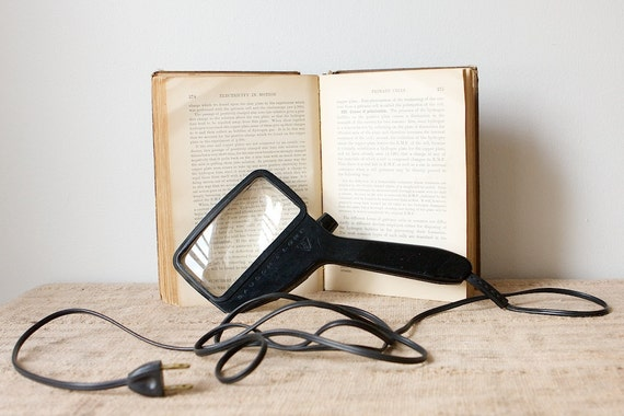Lighted Rectangular Magnifying Glass by Bausch and Lomb