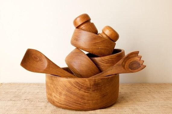 Vintage Teak Wood Salad Set With Salt and Pepper Shakers, 9 Pieces