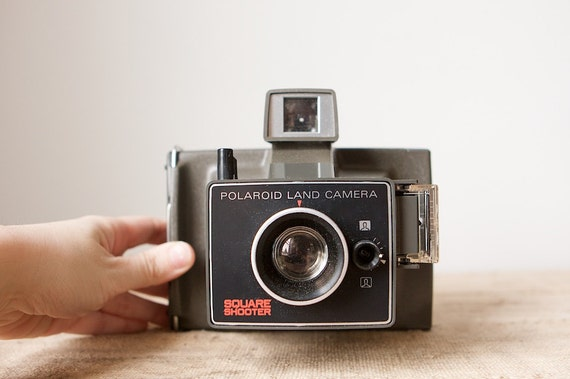 Polaroid Square Shooter Land Camera With Original Case and Warranty Card