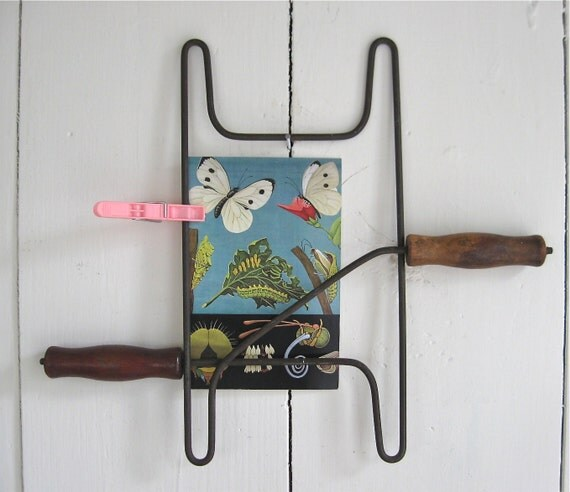 vintage clothesline winder