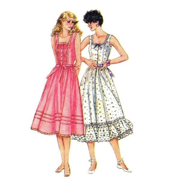 Vintage Sewing Pattern 80s Square Neck Summer Dress with Fitted Princess Bodice--Bust 34--Simplicity 5935