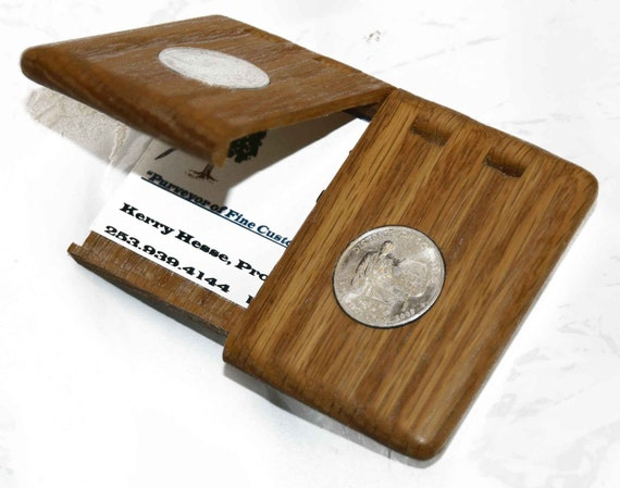 Red Oak Business/Credit Card Case with two inlayed US District of Columbia Quarters