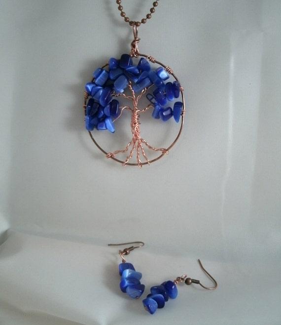 Royal Blue Cats Eye Chip Beaded Tree of Life