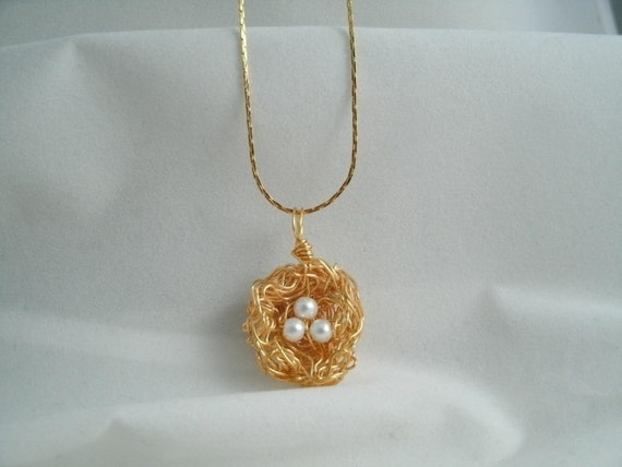 Bird nest White Glass Pearl Necklace with Gold plated Fine Chain