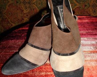 Vintage chocolate/taupe/black suede sling back shoe