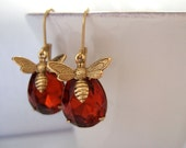 bee earrings, gold bee, honey topaz, madeira topaz, vintage jeweled, HONEY, vintage glass jewels with gold bee charms, insect earrings,