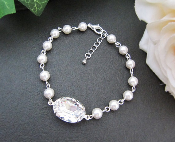 Bridal Bracelet Bridesmaid Bracelet Crystal White Swarovski Crystal and Crystal White Swarovski Pearls Bracelet