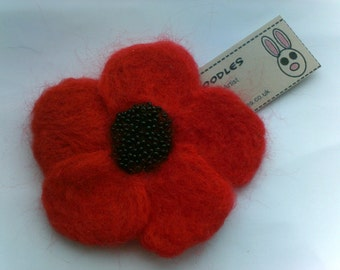 Custom Needle Felted Poppy Brooch - made to order By Pixie Doodles