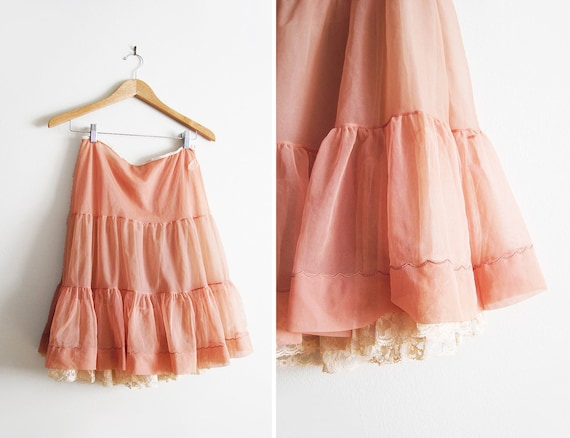 Vintage Crinoline / Lacy 1950s 1960s Petticoat