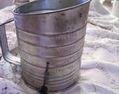 Bromwells tin Flour Sifter 5 Cup