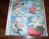 "Doll Pattern 9"" Angel Hugs Holiday Dolls"