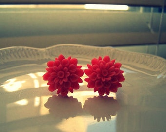 coral chrysanthemum post earrings- vintage inspired floral earrings
