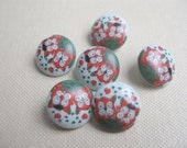 FREE SHIPPING - Vintage little round plastic buttons - two cats in love