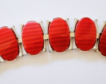 Bracelet Modernist Red Mid Century 1950 Atomic MOD