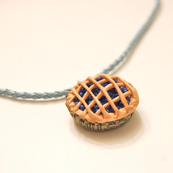 Pie necklace, Blueberry pie polymer clay bottle cap necklace, food jewelry, kitsch