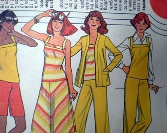 Vintage 1978 McCall's Sewing Pattern 6016 For Jacket ,Top, Skirt and Pants Or Shorts