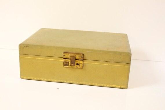 Vintage 1960s  Sage Green Jewelry Box