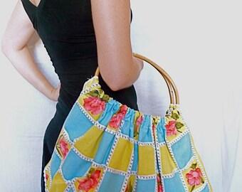 "Unique Handmade Retro Vintage Cotton Fabric Tote Bag  - ""Kiss Me"""