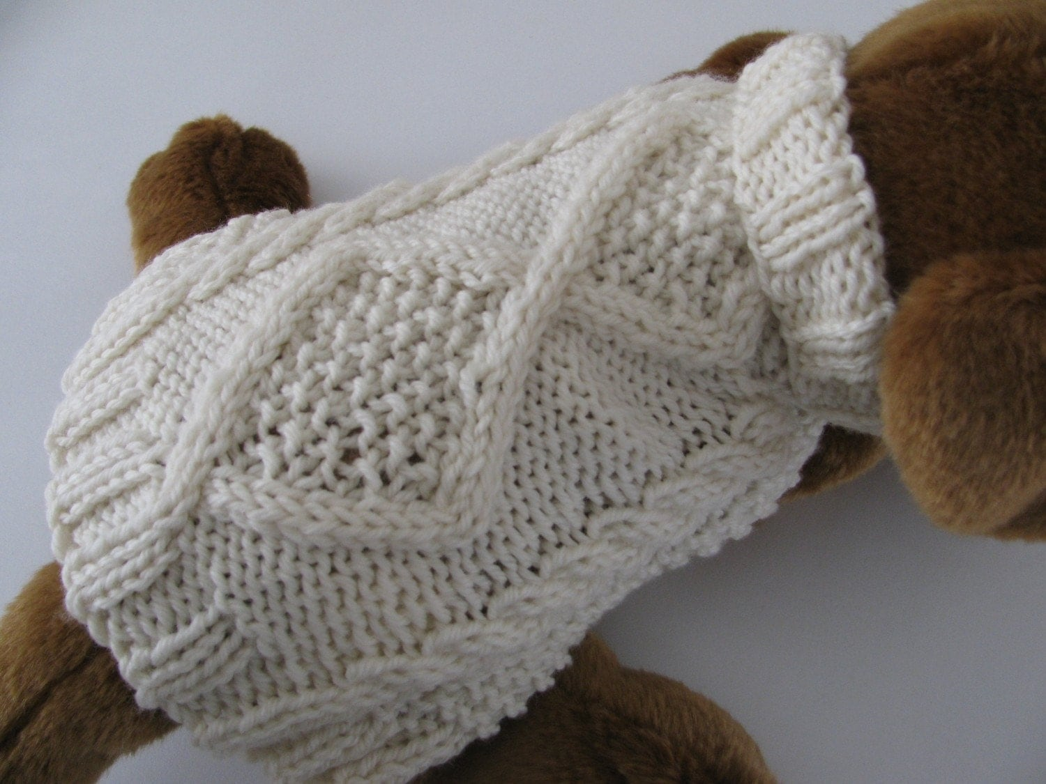 Dog sweater knitting pattern pdf aran diamond back design - Knitting for dogs sweaters ...