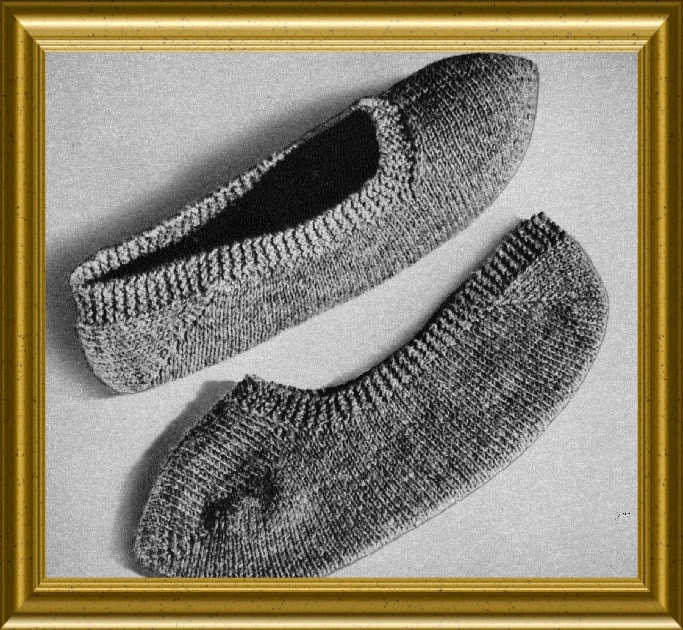 Bed Socks Knitting Pattern 2 Needles : Knit Slippers Pattern Knitted Bed Socks Vintage 1952 PDF