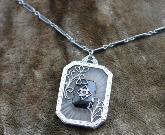 Divine1920's Camphor Glass Pendant Necklace with Ornate Link Chain