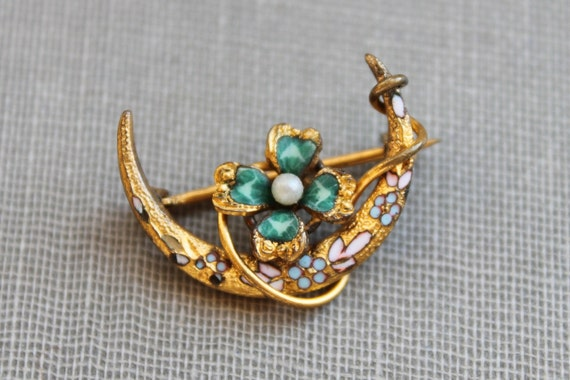 Victorian Gold and Enamel Clover and Crescent Honeymoon Brooch