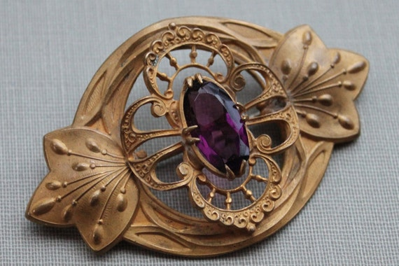 Large Art Nouveau Amethyst Gilt Sash Pin