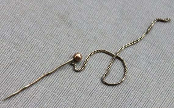 Georgian Gold Chatelaine Cloak Pin