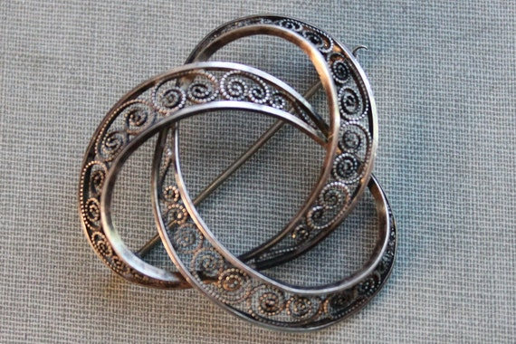 Antique Norwegian Jorgensen Sterling Filigree Eternity Brooch / N.A. Jorgensen
