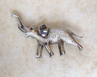 Vintage Textured Brushed Silver Tone Elephant with Red Rhinestone Eyes