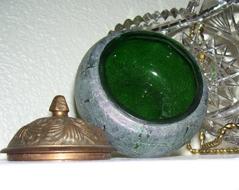 ART GLASS Box SILVESTRI Mouth Blown glass  box with lid