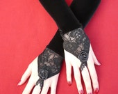 Vampire Wedding fingerless Gloves, Special Occasion, Black Velvet Armwarmers with Lace in Baroque and Renaissance Style, Noir, Belly Dance