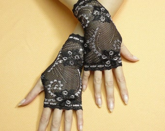 Short Romantic Boho Fingerless Gloves in Black and Baby Pink, Lolita Mittens, Baroque, Victorian Lace Armwarmers in Regency Style