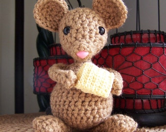 Crocheted Little Mouse Pattern