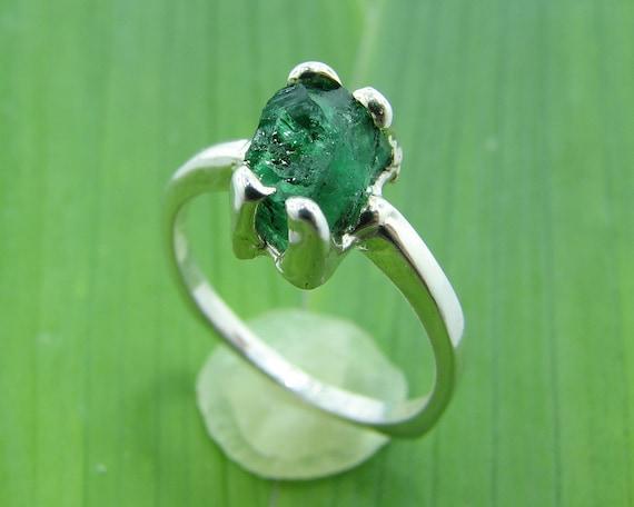 Raw Emerald Minimalist Ring