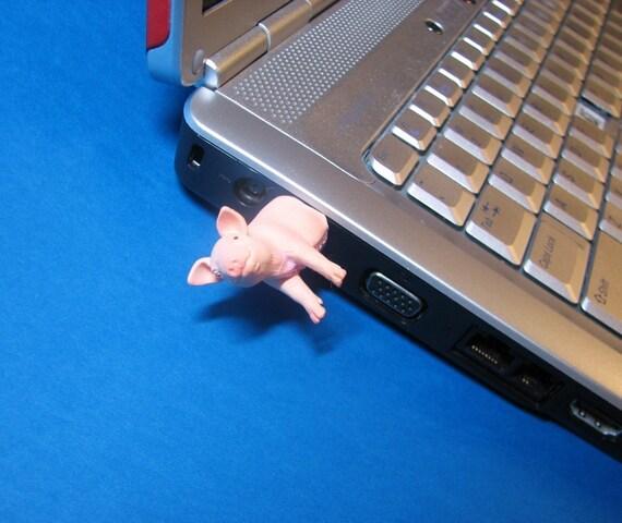 Pig Piglet USB Flash Drive