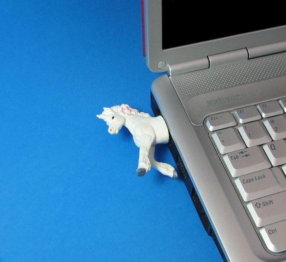 Unicorn USB flash drive